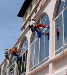Glory Nettoyage fin de chantier, entretien, conciergerie, école, cent
